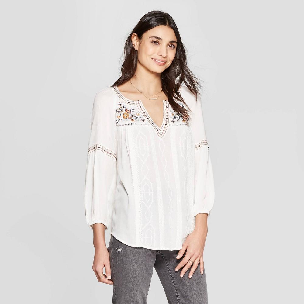 Women's Short Sleeve V-Neck Embroidered Blouse - Knox Rose White S