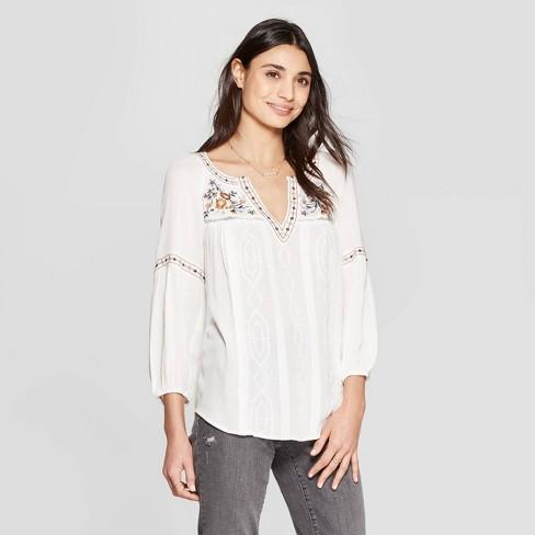 997ef3efe122b Women s Short Sleeve V-Neck Embroidered Blouse - Knox Rose™ White ...