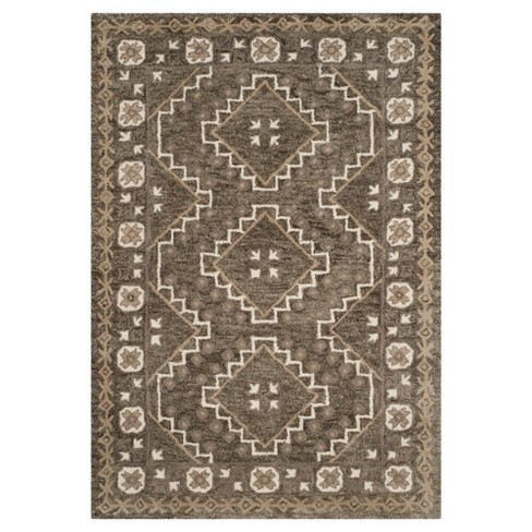 Meara Tufted Rug - Safavieh - image 1 of 3