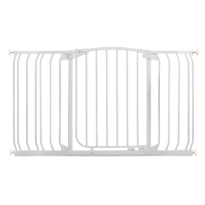 Dreambaby L790W Chelsea 38-53 Inch Wide Auto-Close Baby & Pet Wall to Wall Safety Gate with Stay Open Feature for Doors, Stairs, and Hallways, White
