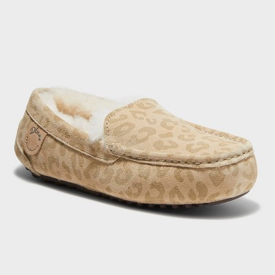 Women's dluxe by dearfoams Fernie Genuine Shearling Moccasin Slippers