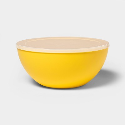 122oz Plastic Serving Bowl with Lid Yellow - Sun Squad™