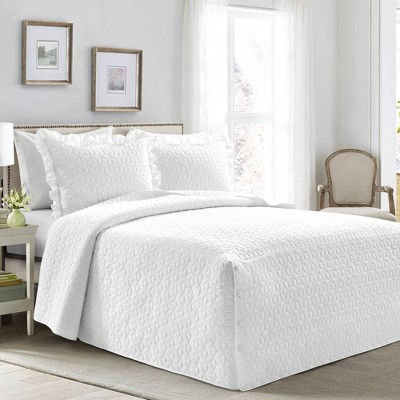 Lush Décor French Country Geo Bedspread & Sham Set