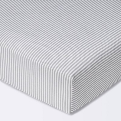 Fitted Crib Sheet Stripe - Cloud Island™ White/Gray