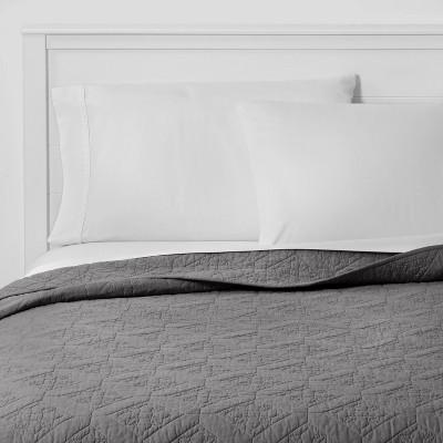 Full/Queen Embroidered Cotton Quilt Dark Gray - Threshold™