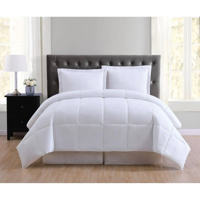 Truly Soft Everyday Full/Queen Reversible Comforter Set White