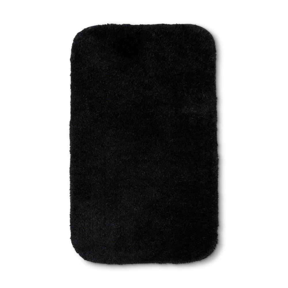 Everyday Solid Bath Rug (20x34) Black - Room Essentials