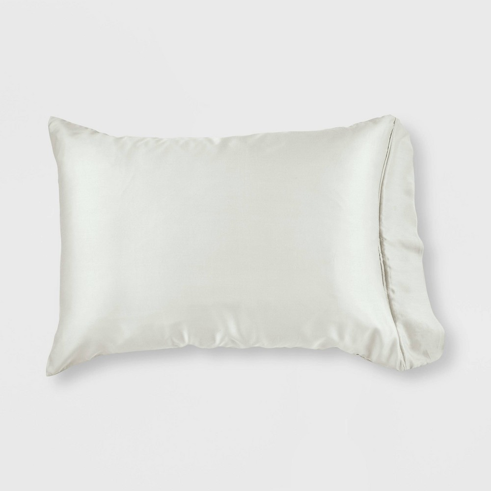 Image of Standard/Queen 300 Thread Count 2-in-1 Pillowcase & Protector with Zipper Closure Antique White - GLOW