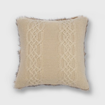 "20""x20"" Classic Cable Knit with Faux Fur Reverse Throw Pillow - EVERGRACE"