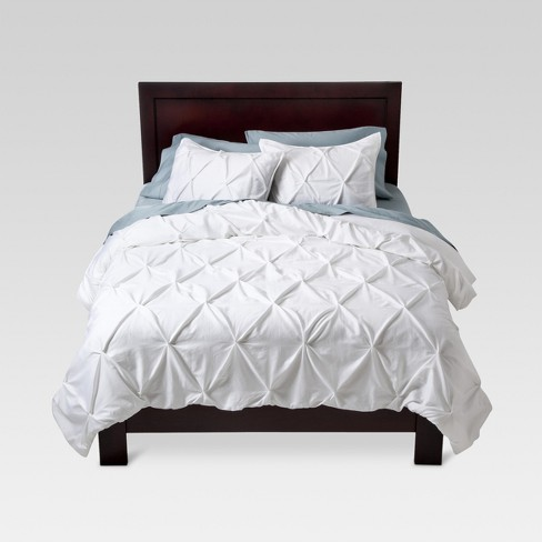 White Pinched Pleat Duvet Cover Set