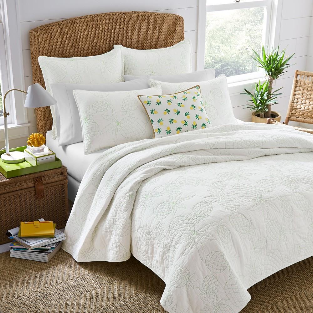 Image of White Antigua Quilt Set (King) - Laura Ashley