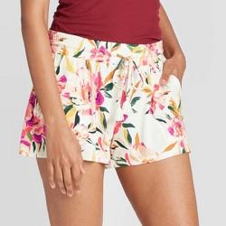 Women's Floral Print Beautifully Soft Pajama Shorts - Stars Above™ Cream