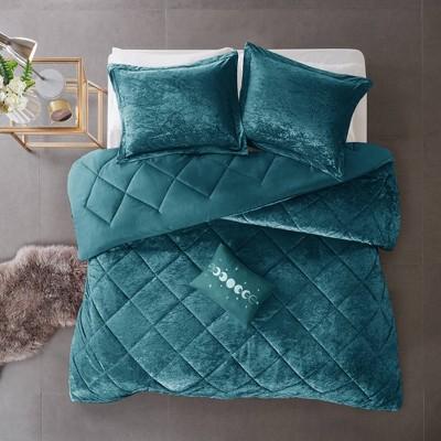 Alyssa Velvet Comforter Set