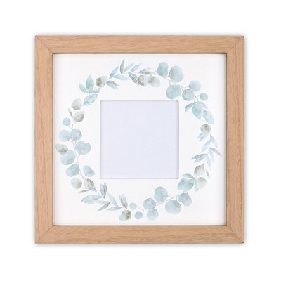 Farmhouse Wreath Picture Frame by The Peanutshell