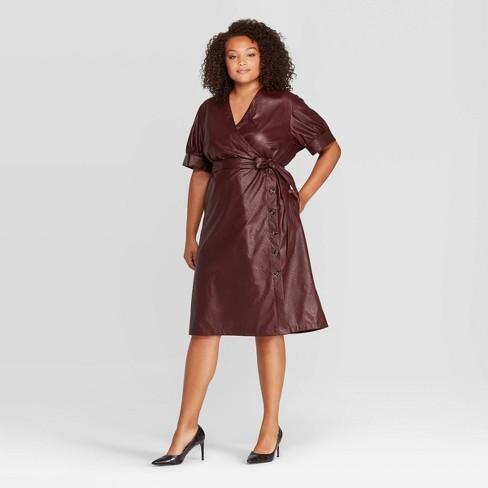 Women\'s Plus Size Short Sleeve V-Neck Midi Dress - Who What Wear™ Plum 4X