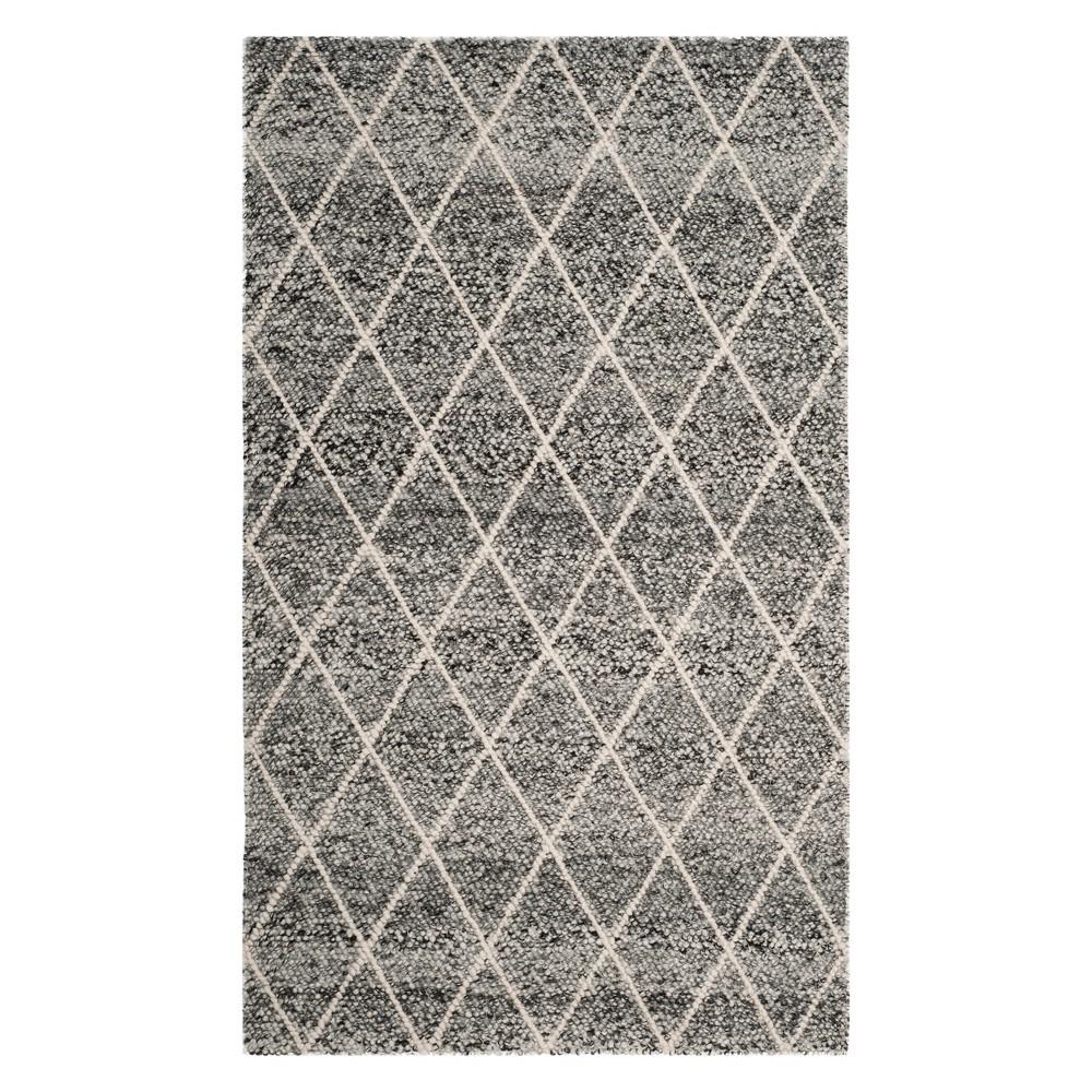 5'X8' Diamond Woven Area Rug Ivory/Black - Safavieh