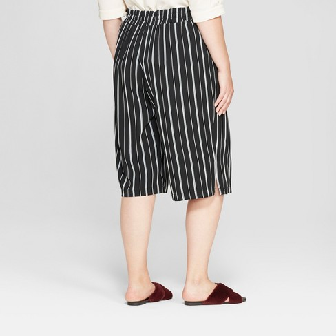 9ed9b2c80d46d Women's Plus Size Striped Wide Leg Crop Pants - Ava & Viv™ Black ...