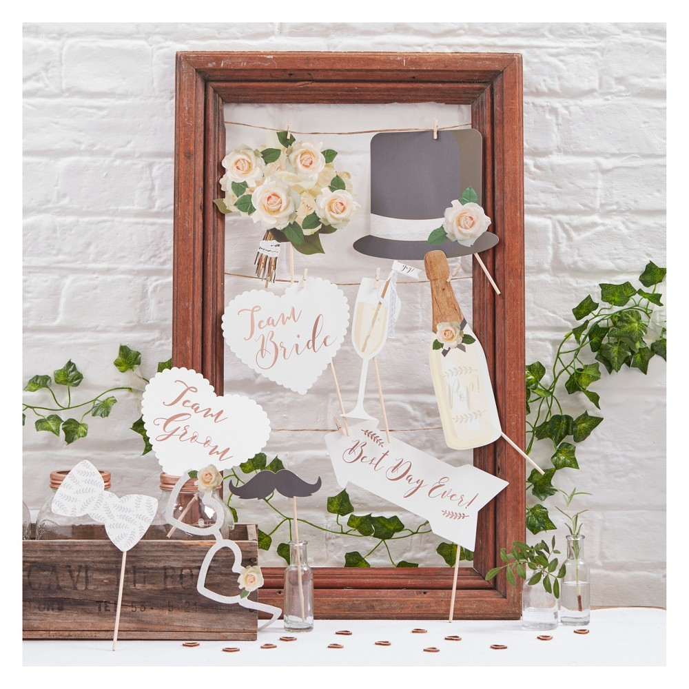 Image of 10ct Beautiful Botanics Photo Booth Props