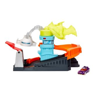 Hot Wheels City Ptero Port Attack Playset