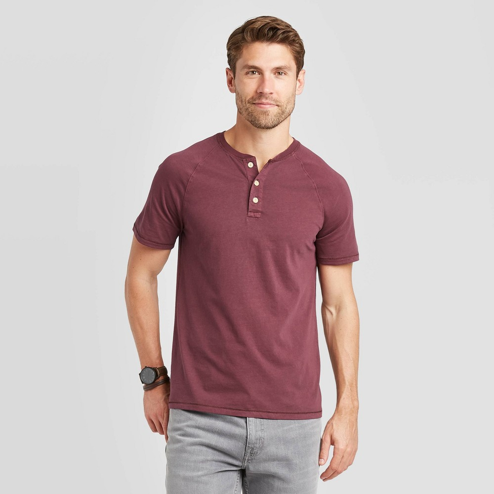 Image of Men's Standard Fit Short Sleeve Henley T-Shirt - Goodfellow & Co Red M, Men's, Size: Medium
