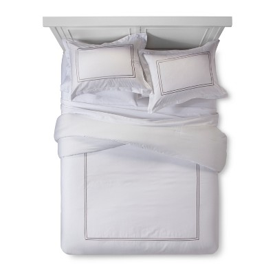 White/Cashmere Grey Hotel Comforter Set (Queen)- Fieldcrest®