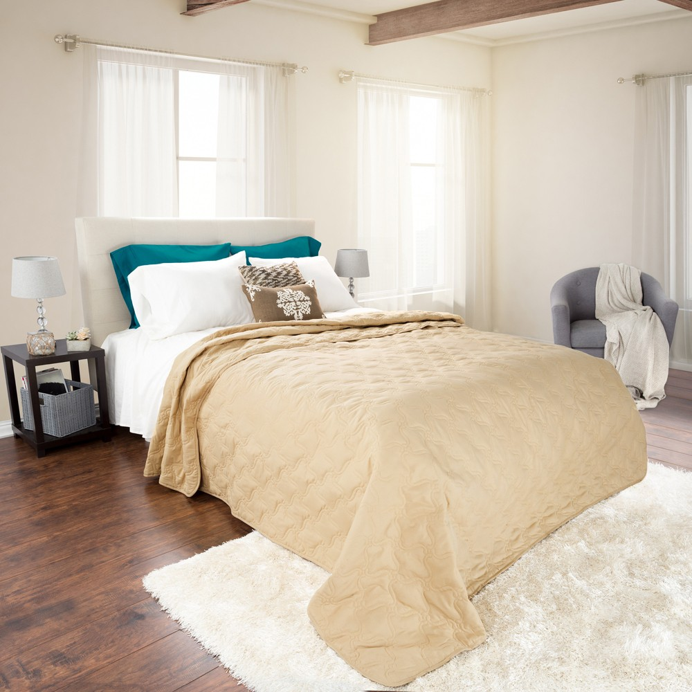Taupe (Brown) Solid Color Quilt (King) - Yorkshire Home
