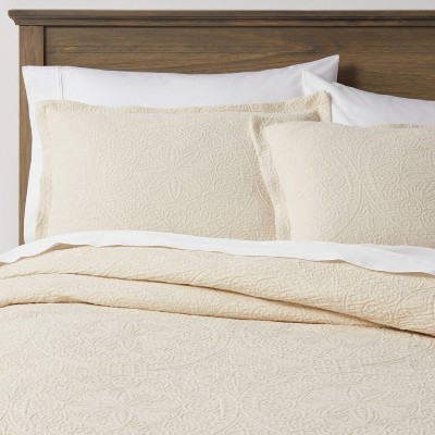 Matelasse Medallion Comforter Set - Threshold™