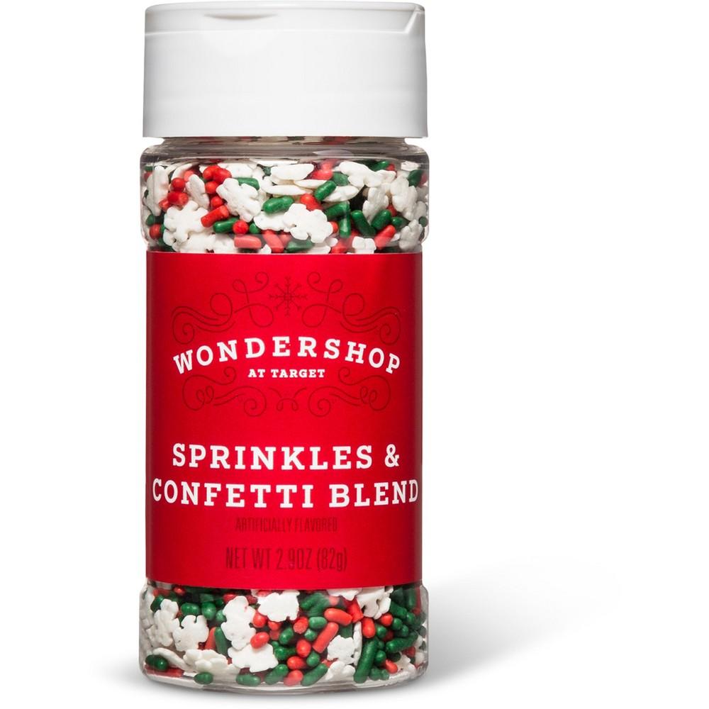Frosting & Decorations: Wondershop