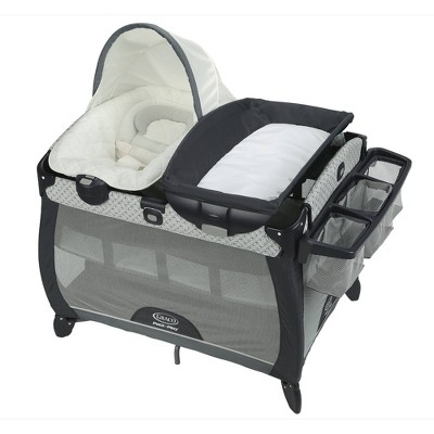 Graco Pack 'n Play Quick Connect Portable Napper Deluxe Playard - McKinley