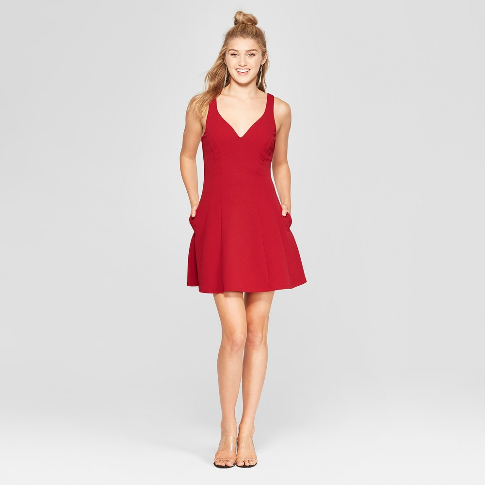 Women's Sleeveless Scuba Crepe Dress - Lots of Love by Speechless (Juniors') Cranberry Red L