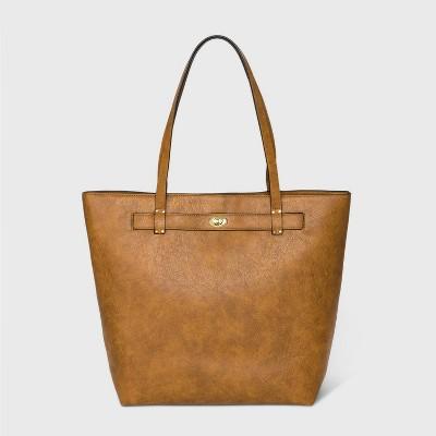 Bueno Zip Closure Tote Handbag