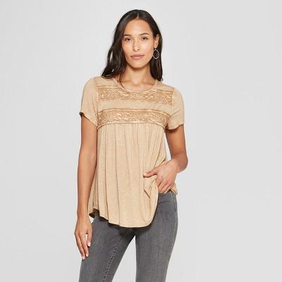 9120a54341c50 Women s Short Sleeve Crochet Lace Back Detail Top - Knox Rose™