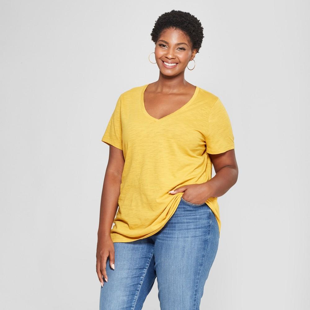 Women's Plus Size V-Neck Short Sleeve T-Shirt - Ava & Viv Gold 1X