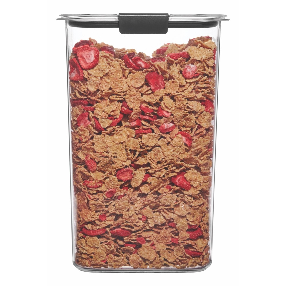 Image of Rubbermaid Brilliance 19.9 cup Pantry Airtight Food Storage Container