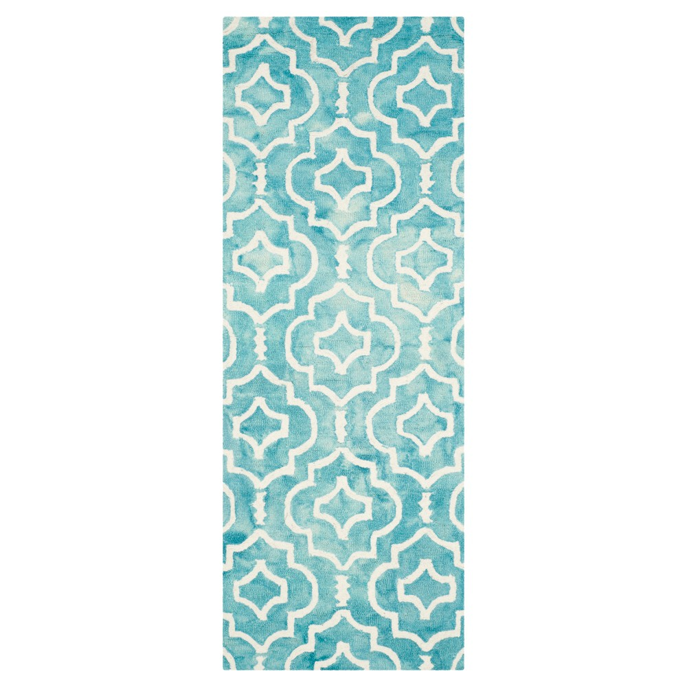 Alyson Accent Rug - Turquoise / Ivory (2'3 X 6') - Safavieh