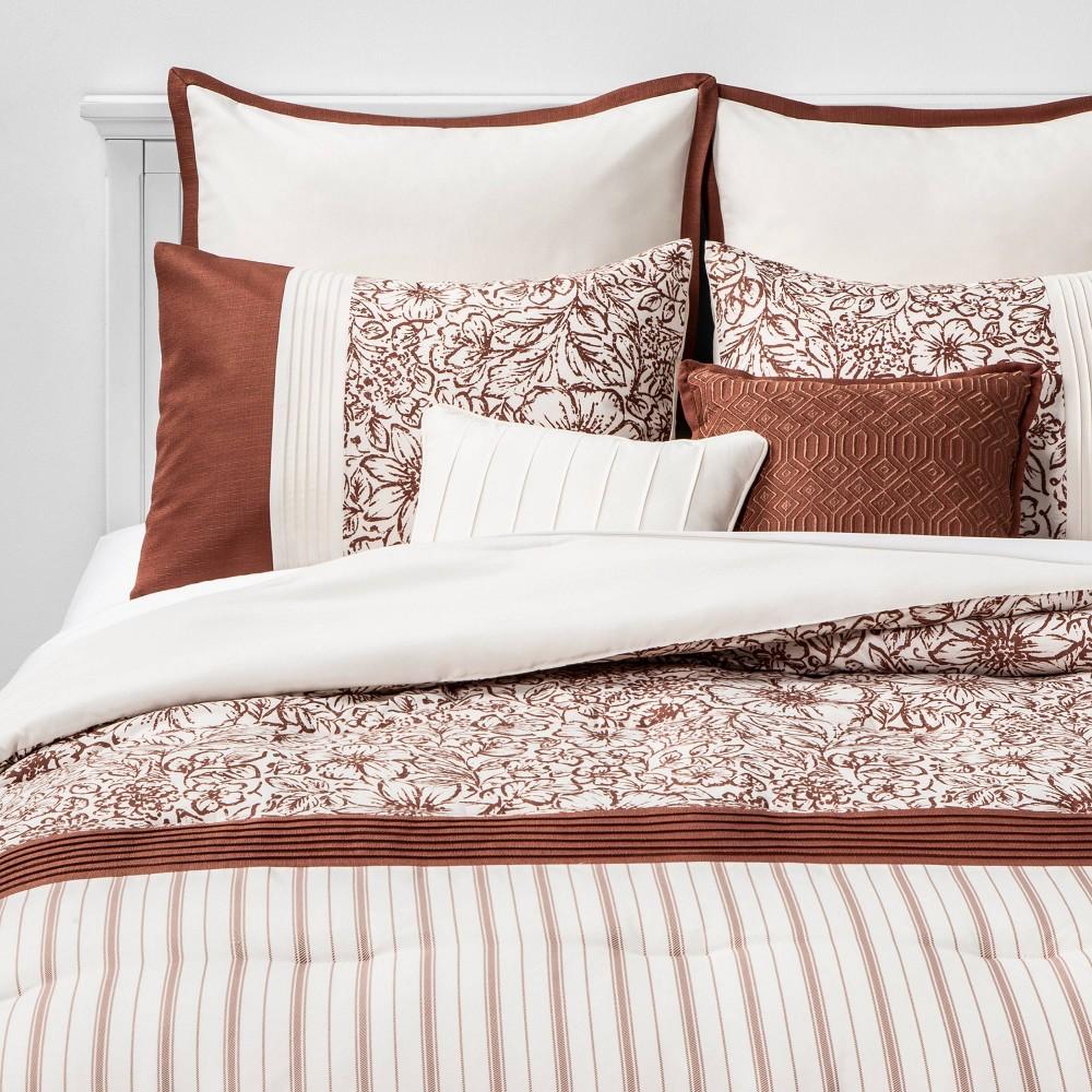 Image of King Kelsie Floral Stripe 8pc Bed Set Spice