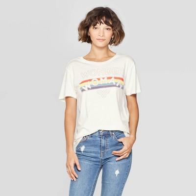 61fa388eb30 Women s Wonder Woman Short Sleeve Scoop Neck Graphic T-Shirt (Juniors ) -