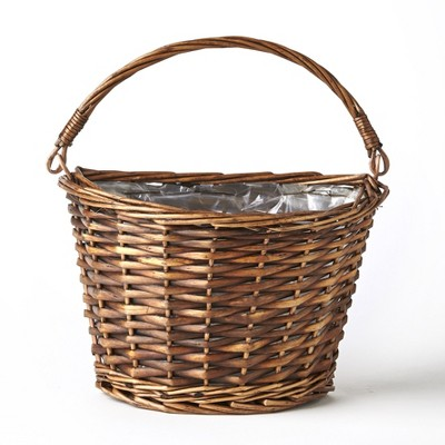 Lakeside Hanging Wicker Wall Basket with Plastic Liner for Indoor Display