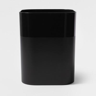 Plastic Bathroom Wastebasket Black - Room Essentials™