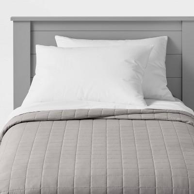 Full/Queen Box Stitch Microfiber Quilt Gray - Pillowfort™
