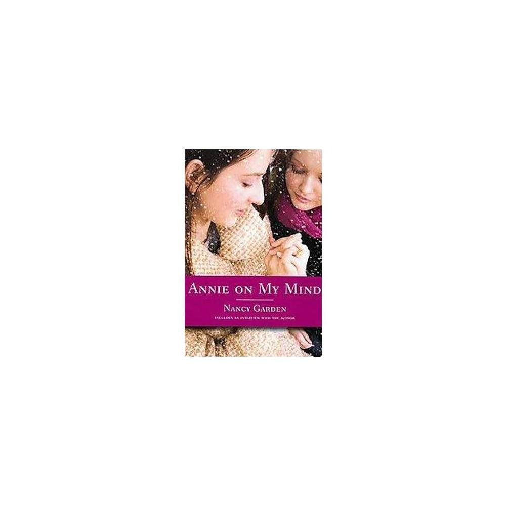 Annie on My Mind (Anniversary) (Paperback) (Nancy Garden)