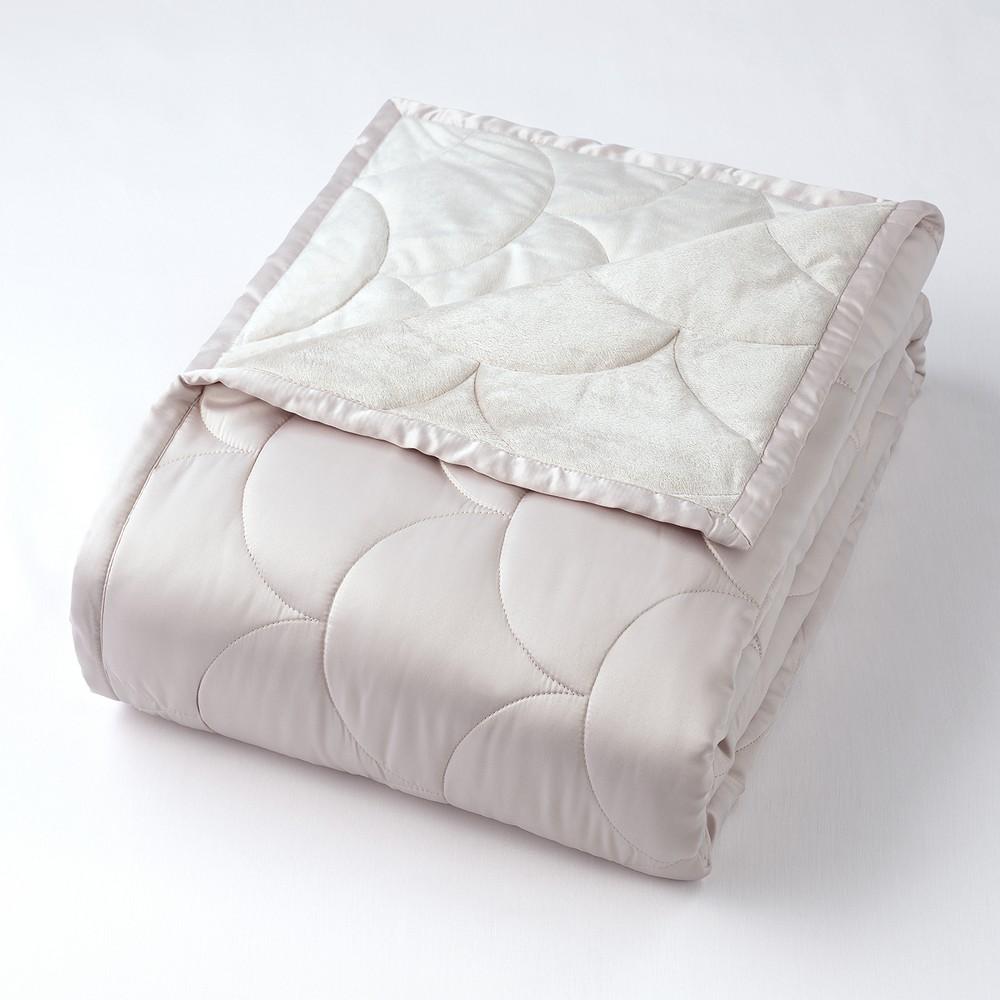 Image of Full/Queen Reversible Blanket Silver Cloud - Nikki Chu