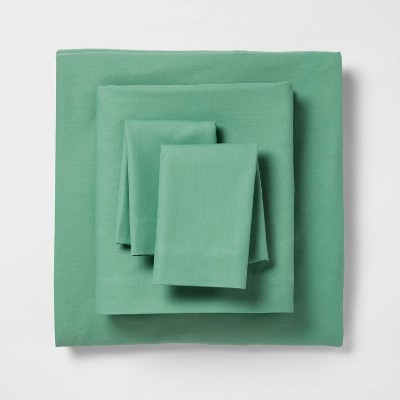 King Easy Care Solid Sheet Set Green - Room Essentials™