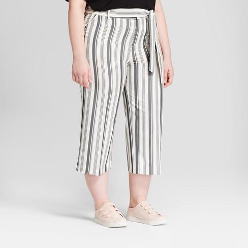 96a2ec3d00602 Women s Plus Size Striped Wide Leg Crop Pants - Ava   Viv™ Gray ...