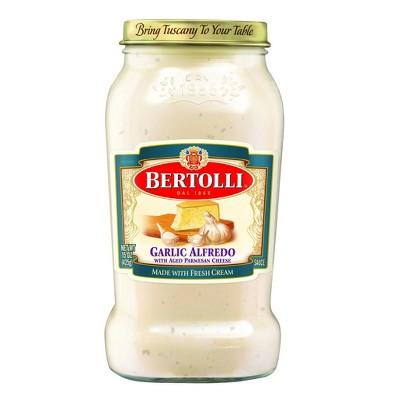 Bertolli Garlic Alfredo Sauce with Aged Parmesan Cheese - 15oz