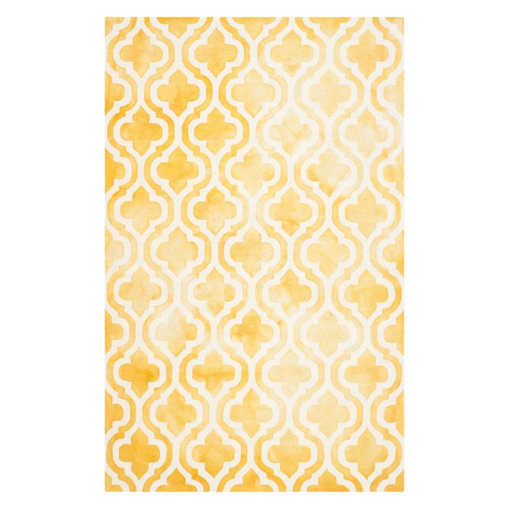 4'X6' Quatrefoil Design Area Rug Gold/Ivory - Safavieh