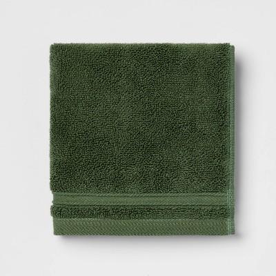 Performance Washcloth Dark Green - Threshold™