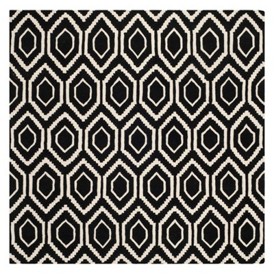 7'X7' Geometric Tufted Square Area Rug Black/Ivory - Safavieh