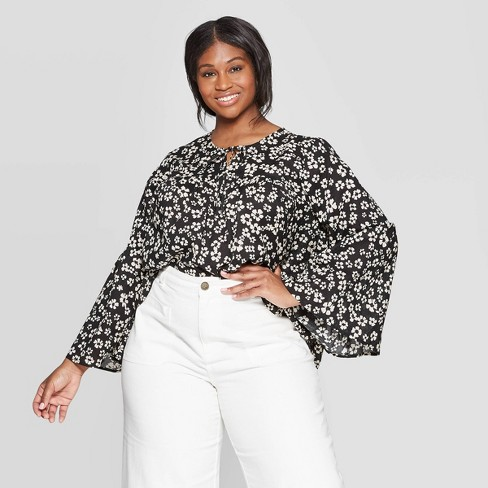 594faff6ff2f37 Women's Plus Size Floral Print Long Sleeve V-Neck Soft Ruffle Blouse - Who  What Wear™ White/Black 1X : Target