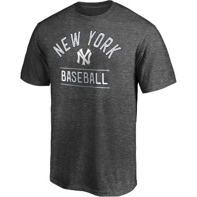 MLB New York Yankees Men's Short Sleeve T-Shirt